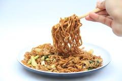 stekte noodels är asiatisk mat Royaltyfri Fotografi