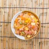 Stekte ris i kopp Fotografering för Bildbyråer