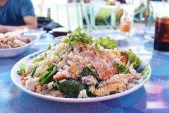 Stekte ris i maträtt Royaltyfri Foto
