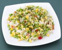 Stekte ris med grönsaker Fotografering för Bildbyråer