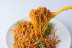 Stekte risvermicellis Berömd kinesisk mat Royaltyfri Bild