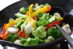 stekte stirgrönsaker Arkivbild