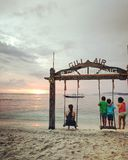 Stel in Gili Island Sunset tevreden royalty-vrije stock fotografie