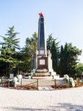 Stele da revolução no parque urbano na cidade de Alushta Foto de Stock Royalty Free