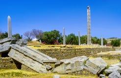 Stele nel campo nordico a Axum in Etiopia fotografia stock libera da diritti