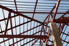 Stell крыши в новом доме Стоковое Изображение