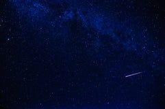 Stella cadente nel cielo Fotografia Stock