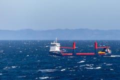 Stella della sinfonia, una nave da carico generale, navigante attraverso l'Oceano Atlantico fotografia stock libera da diritti
