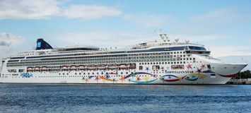 Stella di lusso del norvegese della nave da crociera Immagini Stock Libere da Diritti