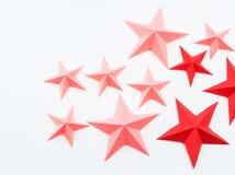 Stella fatta dei rossi carmini di colore di carta fotografie stock