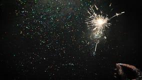 Stella filante del fuoco d'artificio su fondo brillante archivi video