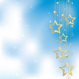 Stelle dorate su una priorità bassa blu-chiaro royalty illustrazione gratis