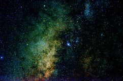 Stelle e fondo dell'universo di notte del cielo dello spazio cosmico della galassia fotografia stock