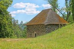 Stelle nahe Pernstejn-Schloss Süd-Moravian-Region, Tschechische Republik lizenzfreies stockfoto