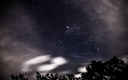 Stelle in una foschia delle nuvole immagini stock libere da diritti
