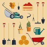 Stellen Sie Bauernhofwerkzeug-flachvektorillustration ein Garteninstrument-Ikonensammlung lokalisiert Lizenzfreies Stockbild