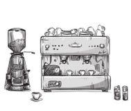 Stellen Sie den Kaffee ein, der Geräte herstellt Kaffeeproduzent und Schleifer Stockbild