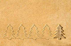 Stellen Sie die Teigschnitt Weihnachtszahlen bereit Lizenzfreies Stockfoto