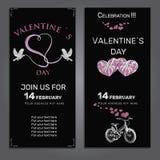 Stellen Sie Einladung für Valentinsgrußtag auf Kreidebrett ein Lizenzfreies Stockbild