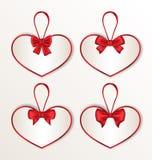 Stellen Sie Eleganzkartenherz geformt mit silk Bögen für Valentine Day ein Lizenzfreies Stockfoto
