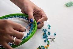 Stellen Sie für die Herstellung von einem Dreamcatcher, Perlen, Thread ein lizenzfreie stockbilder