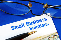 Stellen Sie Finanzlösungen zum Kleinunternehmen zur Verfügung Lizenzfreies Stockfoto