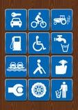 Stellen Sie Ikonen der Automiete, Fahrrad, Traktor, Tankstelle, Rollstuhl, Trinkwasser, Lastkahn, blinde Person, Ruhe, Mechaniker Lizenzfreies Stockbild