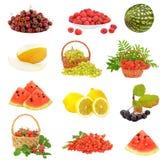 Stellen Sie mit Frucht und Beeren ein Stockfotografie