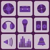 Stellen Sie Sammlung von neun purpurroten Musikikonen ein Lizenzfreie Abbildung