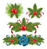 Stellen Sie Stechpalmenbeere Sprigs für Weihnachtsdekorationen ein Stockbild