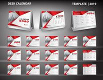 Stellen Sie Tischkalenderschablonendesignvektor 2019 ein und Modell des Tischkalenders 3d, Abdeckungsdesign, Satz von 12 Monaten, Stockfotografie