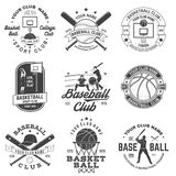 Stellen Sie vom Basketball- und Baseballausweis, Emblem ein Vektor Konzept f?r Hemd, Druck, Stempel, Kleid oder T-St?ck Nette Aus vektor abbildung