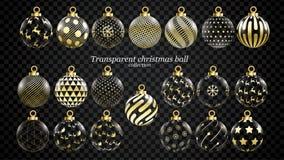 Stellen Sie vom Vektorgold und von den transparenten Weihnachtsbällen mit Verzierungen ein goldene Glassammlung lokalisierte real stock abbildung