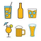 Stellen Sie von den einfachen Farbikonen von alkoholischen Getränken für Bar, Café ein: Cocktails, Gläser, Bier, Flaschen, Whisky vektor abbildung