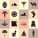 Stellen Sie von den Ikonen im Stil des flachen Entwurfs auf dem Thema von Ägypten ein lizenzfreie abbildung
