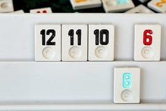 Stellen Sie von den St?cken eines Tischplattenspiels nannte Okey gespielt dachte die T?rkei ein lizenzfreie stockfotos