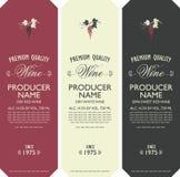 Stellen Sie von den Vektoraufklebern für Wein mit Weintraube ein lizenzfreie abbildung