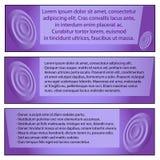 Stellen Sie von drei modernen Ikonographieschablonen für Geschäft, Text lorem ipsum auf einem purpurroten Hintergrund ein stock abbildung