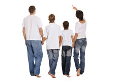 Stellung der vierköpfigen Familie lizenzfreie stockfotografie