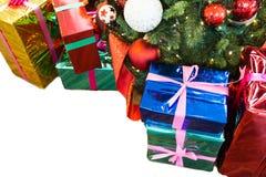 Stelt onder Kerstmisboom voor Stock Afbeelding