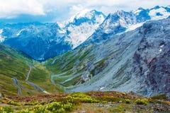 Stelvio Pass in alpi italiane Immagini Stock