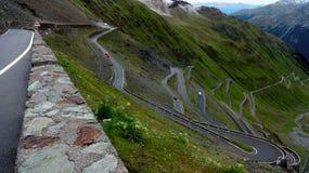 Stelvio Pass in Italiaanse Alpes royalty-vrije stock foto