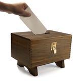 Stem in gesloten stembus uit:brengen die royalty-vrije stock fotografie