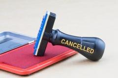Stempel annulliert mit roter Tinte Lizenzfreie Stockfotos