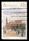 Stempel gedruckt durch Australien, Shows Rathaus, Adelaide Lizenzfreie Stockbilder