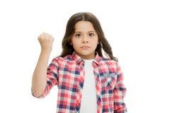 Stempel u in uw gezicht Einde intimidatiebeweging Meisje die met vuist dreigen die fysieke aanval bedreigen Jonge geitjesagressie stock foto's