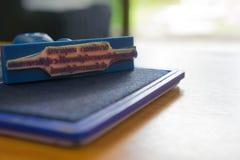 Stempel- und Tintenpatronen Dichtung der Büroeinrichtung Stockfoto