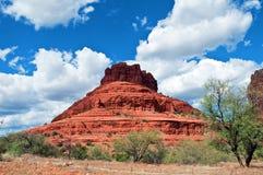 sten för sedona för arizona liggande röd Arkivbild