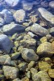 Sten i vatten Royaltyfria Foton