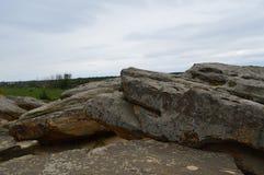 Sten nära moderna Melitopol ukraine royaltyfria foton